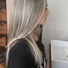 blonde streaks for greying hair 305 best going grey images on pinterest going gray grey hair