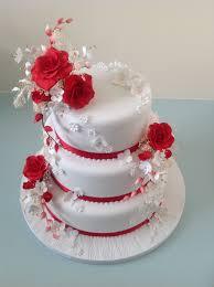 3 tier red u0026 white wedding cake red rose sprays taart