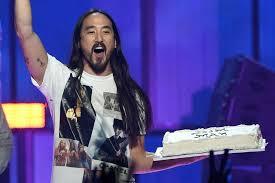 best of steve aoki steve aoki will no longer throw cakes at festivalgoers spin