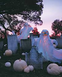 how to make a diy halloween graveyard u2022 the budget decorator