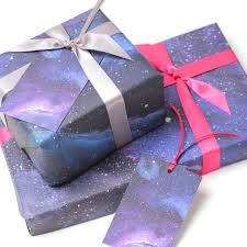 galaxy wrapping paper 15 awesome galaxy themed products