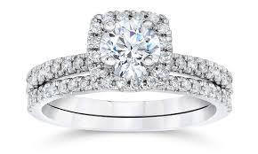 10k wedding ring 1 00 cttw cushion halo engagement ring set in 10k white