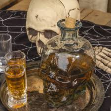 halloween barware skull shaped hand blown glass decanter 1 liter