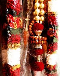 garland for indian wedding insight enchanting rituals of a traditional indian wedding ceremony
