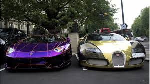 bugatti veyron vs lamborghini veneno coolest drag race lamborghini veneno vs bugatti veyron