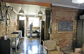 local cuisine a louer bon plan transformer un ancien local commercial en habitation