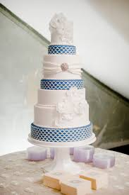 blue and white wedding cake elizabeth anne designs the wedding blog