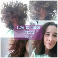 3 ways to tame frizzy hair naturally