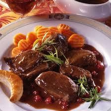 chevreuil cuisine recette selle de chevreuil sauce poivrade