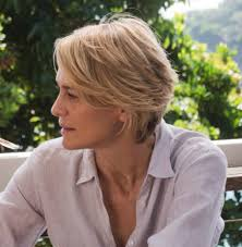 runners with short hair robin wright in adore love the cut but is it one of those
