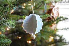 scalloped paper ornaments