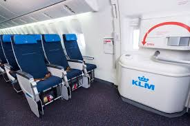 Klm Economy Comfort 7 Tricks For Sleeping On A Plane Klm Blog