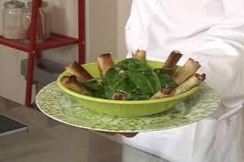 comment cuisiner des aiguillettes de canard recette de aiguillettes de canard croustillantes salade d épinard