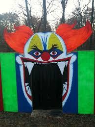 Creepy Carnival Decorations Clown Facade Carnival Circus Haunt Pinterest Clowns And