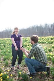 indiana man pulls out 2 rings proposes to girlfriend and her