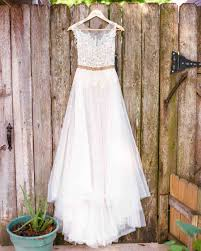 wedding dress shopping the best wedding dress shopping tips martha stewart weddings