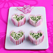 cuisiner les radis roses recette mini charlottes de radis cuisine madame figaro