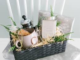 gourmet coffee gift baskets last minute gift ideas for party hosts hgtv s decorating