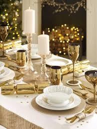 christmas table best 25 christmas table cloth ideas on pinterest christmas