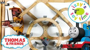 thomas and friends thomas train and the pirate ship play table