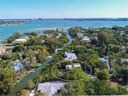 siesta key beachfront homes for sale