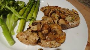 turkey and mushroom gravy recipe i want to cook that turkey steaks with white wine mushroom pan sauce