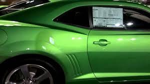 green camaro ss walkaround 2011 camaro ss synergy green