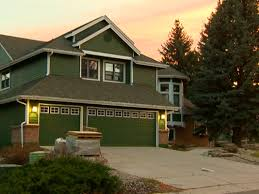 How To Fix Christmas Lights When Half Are Out West Metro Fire Hangs Christmas Lights For Injured Man 9news Com