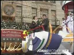 jonas brothers live years 3000 thanksgiving day parade 2006