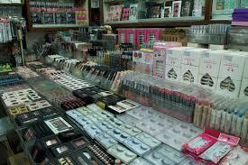 Make Up Di Bangkok a guide to shopping in pratunam market