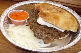 cuisine serbe pljeskavica en somun cuisine serbe serbian cuisine