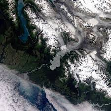 historical satellite images reveal snow is melting earlier in