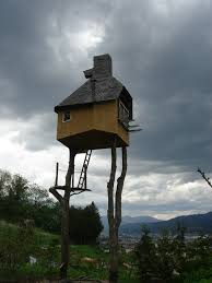 Crazy Houses 8 Crazy But Super Cool Tree Houses Insureandgo Australia