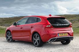 review volvo v40 d4 r design pro wayne u0027s world auto