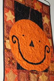 3 halloween quilts we love