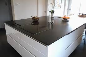 plan de travail en quartz pour cuisine plan de travail quartz blanc pour plan de interieur maison