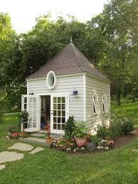Backyard Sheds Designs by Best 20 Shed Landscaping Ideas On Pinterest Backyard Storage
