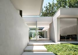 carr design group courtyard house melbourne