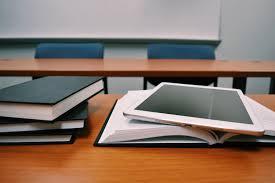 gadget pour bureau images gratuites bureau l écriture table bois tablette