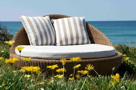 Outdoor Daybed Furniture by Outdoor U0026 Landscaping Winsome White Cotton Fabric Seater Rattan