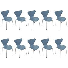 ten vintage powder blue series 7 chairs by arne jacobsen for fritz