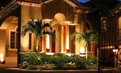 landscape and pool lighting for outdoor lightscapes in sarasota