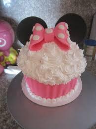 minnie mouse cupcakes minnie mouse cupcake by panda odono on deviantart