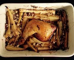cuisiner des panais marmiton cuisse de poulet rôti aux panais et éclats de noisettes recette