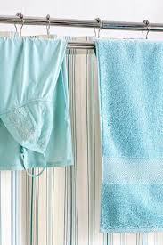 bathroom towel hanging ideas best 25 hanging bath towels ideas on bathroom towel