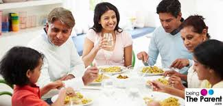 Kids Eating Table Teach Your Children Table Manners Being The Parent