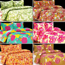 Throw Pillow Covers Online India Buy Vastu Shastra 6 Designer Double Bed Sheets With 12 Pillow