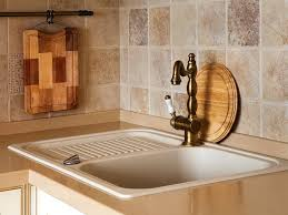 travertine tile kitchen backsplash painting travertine tile tile countertop ideas diy