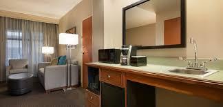 Wyndham Nashville One Bedroom Suite Hotels In Franklin Tn The Embassy Suites Cool Springs