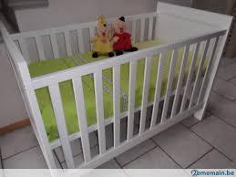 accessoires chambre chambre bébé 2 avec accessoires en parfait état a vendre
